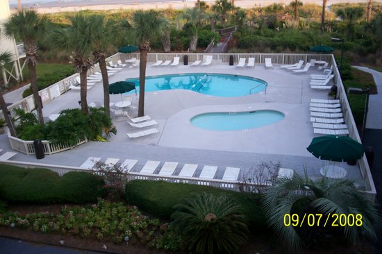 Breakers Condominium: pool