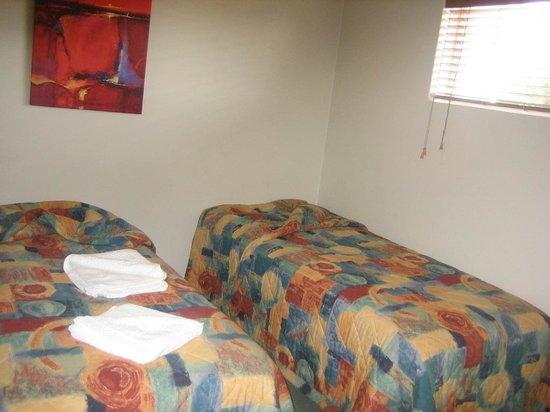 Comfort Inn Mandurah: Bedroom 1