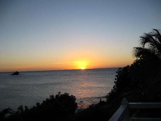 Hawksbill Bay: Beautiful sunset