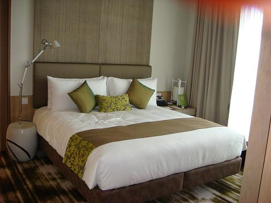 Crowne Plaza Changi Airport: Amazing Room !!!