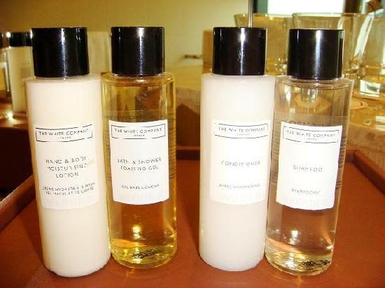 Toiletries fr The White Company London - Picture of Crowne
