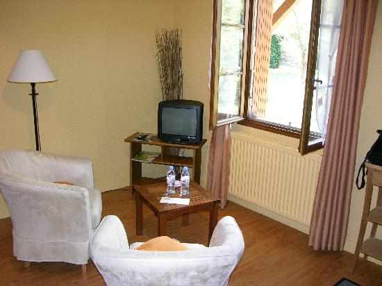 Auberge de Launay: Comfy Chairs