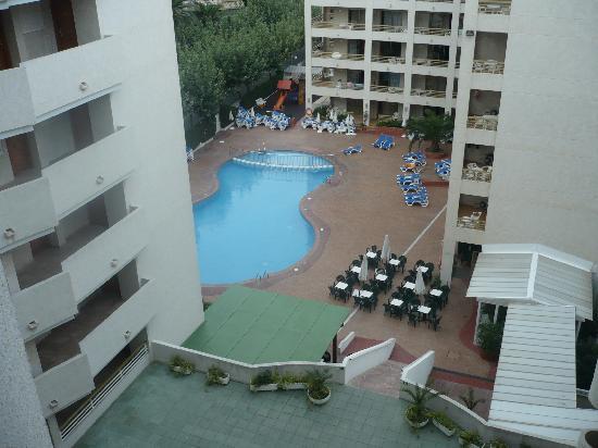 Aparthotel Best Da Vinci Royal: vista de la piscina