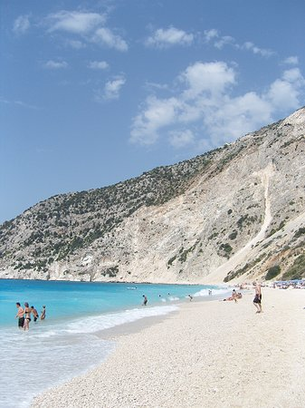 Lassi, Hellas: Myrtos Beach -carhire needed.