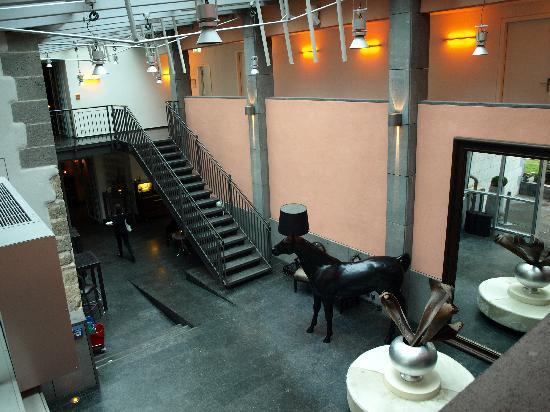Gerbermühle Hotel: Hall d'entrée vu du 1er étage