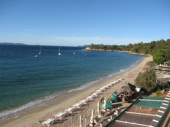 Le Lavandou, France: beach from hotel balcony