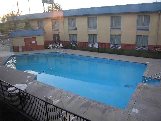 Quality Inn East: Pool Area from Room 273