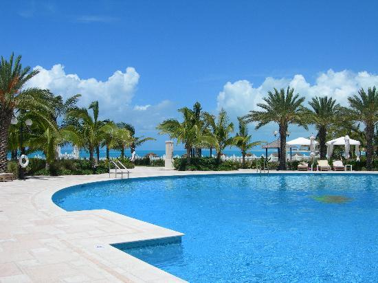Seven Stars Resort & Spa: Blue Azure Waters