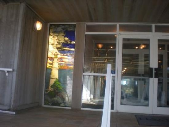 Hallmark Resort: Entrance with beautiful stained glass window