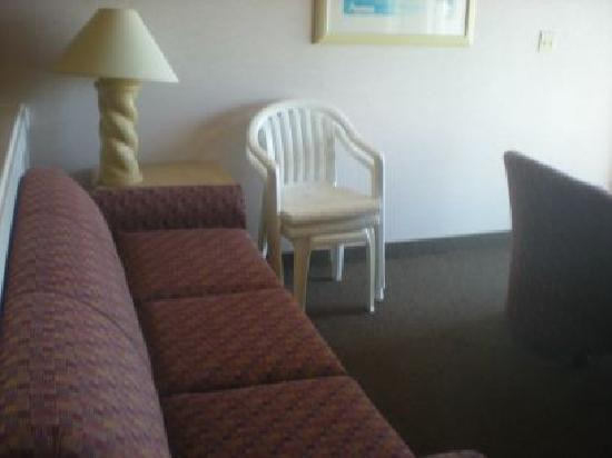 Hallmark Resort: sitting area