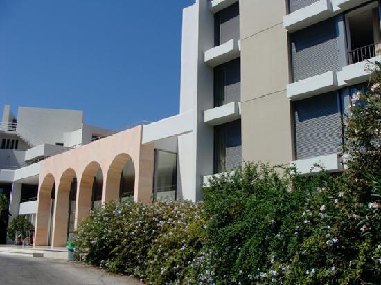 Caravia Beach Hotel: entrée hotel
