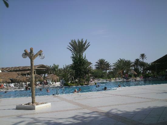 Midoun, Tunisien: Piscina