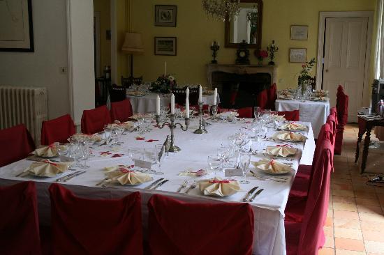 Le Castel: Reception tables