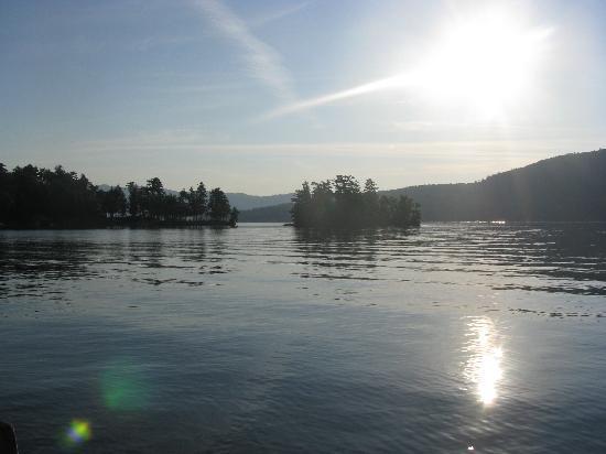 Tahoe Resort : View of the Lake