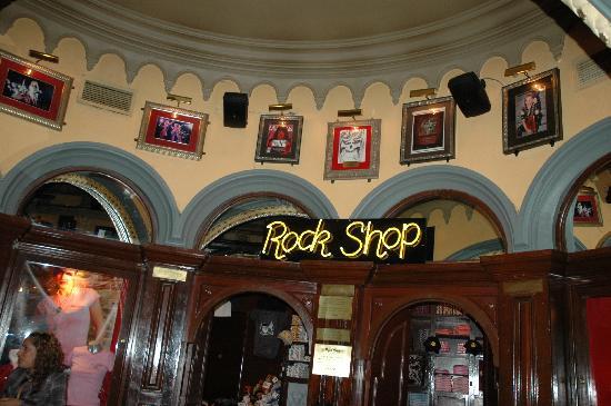 Hard Rock Cafe Mexico City Closed