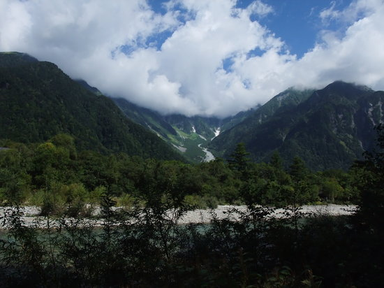 Japan: Dakesawa in Kamikochi