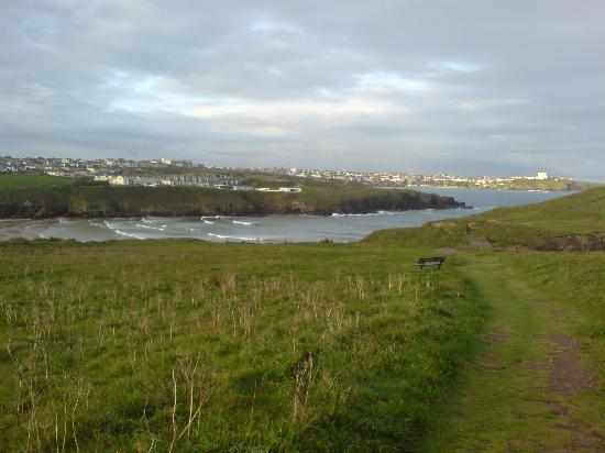 Kenton Hotel: Porth Beath and Newquay from path to Porth Island, 2 mins walk from the hotel.