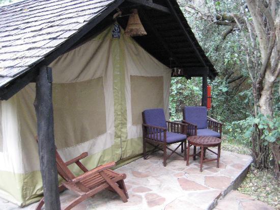 Sarova Mara Game Camp: Tent cabin