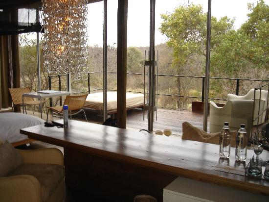 Singita Lebombo Lodge: Inside of Shack # 11 looking to the Verandah