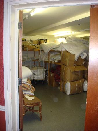 Poor Housekeeping In Linen Room And Fire Door Quot Wedged Open