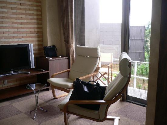 Auberge Feliz: Living room / リビング