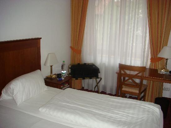 Hotel Bäumle: Zimmer 16