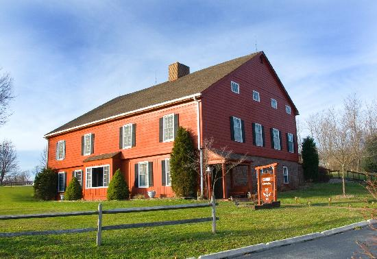 Canna Country Inn: Wonderfully restored Barn