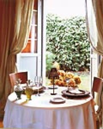 Hotel Aultre Naray: Comedor