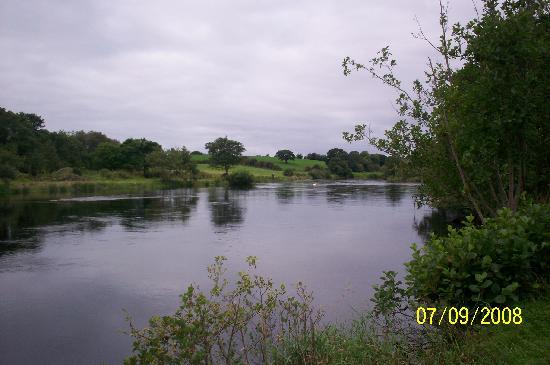 Laune Lodge: The River Laune