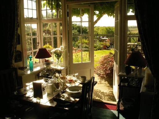 Four Seasons Bed & Breakfast: a delicious breakfast