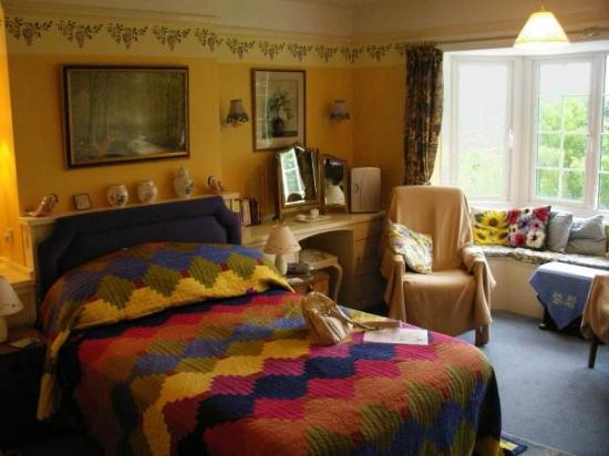 Four Seasons Bed & Breakfast: double bedroom