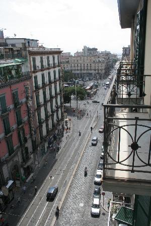 Hotel Garden Napoli : Balkon
