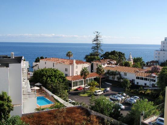 Aparthotel Imperatriz: View of the Atlantic from the Pool
