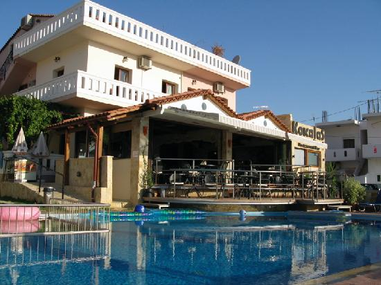 Kokalas Resort Georgioupoli: Kokalas pool & bar