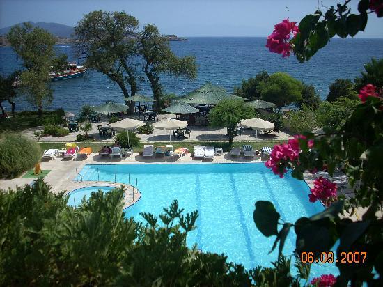 Gundem Resort Hotel: from restourant