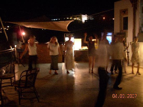 Gundem Resort Hotel: Roof bar