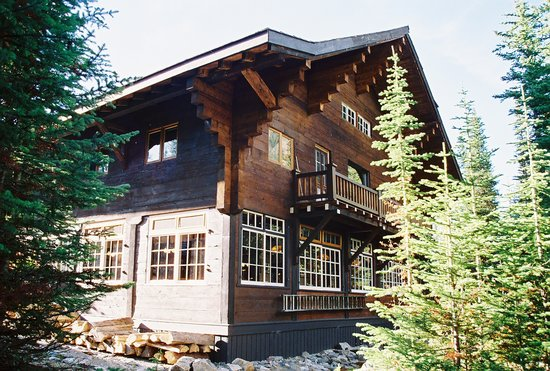 The Lake O'Hara Lodge