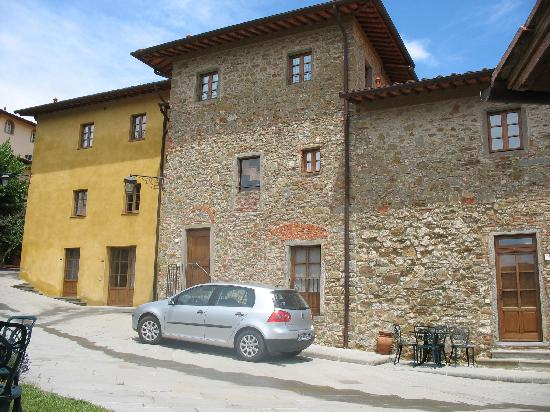 Cavriglia, Italia: Our Villa & our car