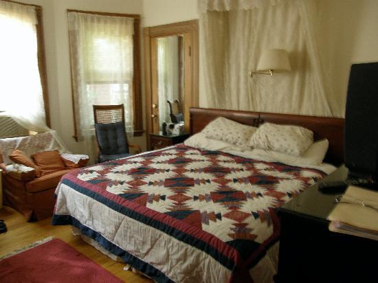 A Bed & Breakfast in Cambridge: Room at Cambridge B&B