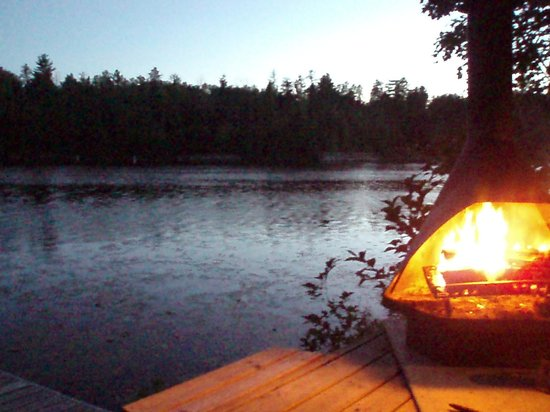 Fenske Lake Resort Cabins: relaxing by the fire