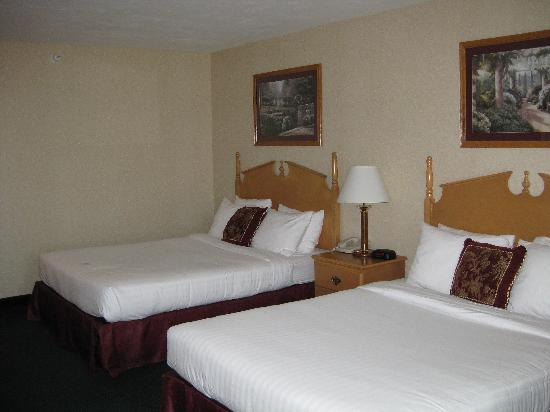 Best Western Plus Howe Inn : BW Howe 1