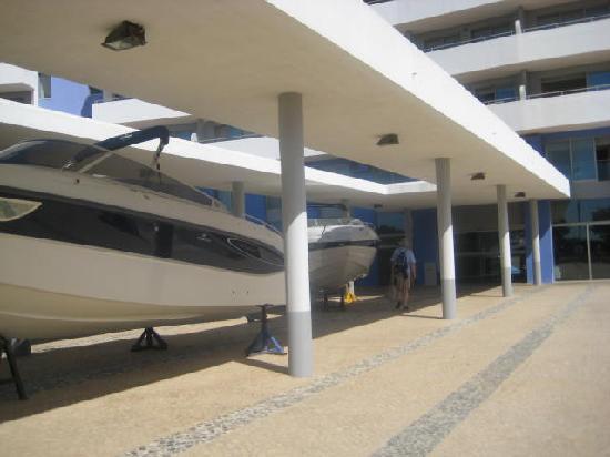 Foto de oceano atlantico apartamentos portimao car park tripadvisor - Apartamentos oceano atlantico portimao ...
