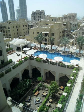 Manzil Downtown Dubai: View of the pool from level 5 lift lobby