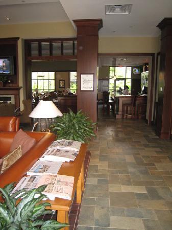 Sheraton Tarrytown Hotel: Lobby & Bar