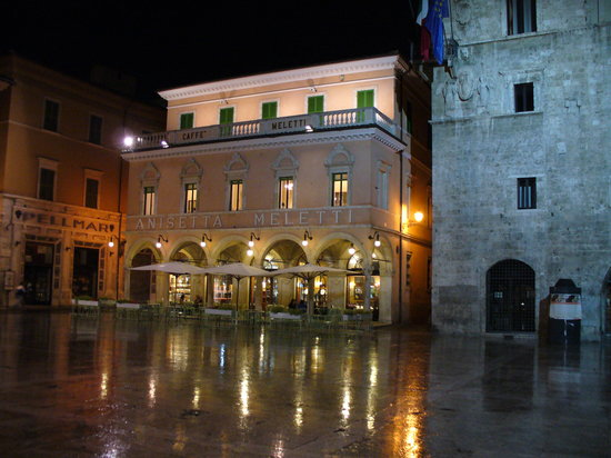 Caffè Meletti : Night view