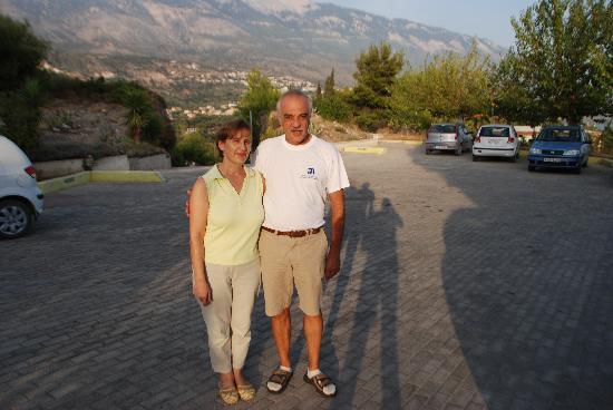 Trapezaki Bay Hotel: Nikos & Sofia