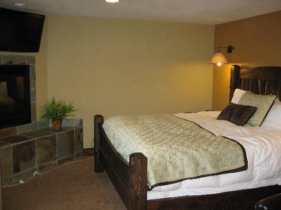 Duck Inn Lodge: Our Room