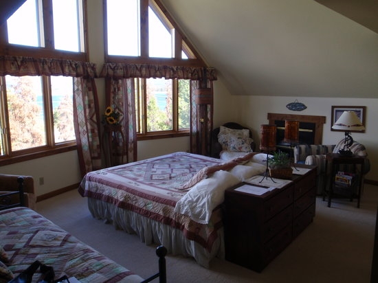 Photo of Coyote Ridge Bed and Breakfast Grand Lake