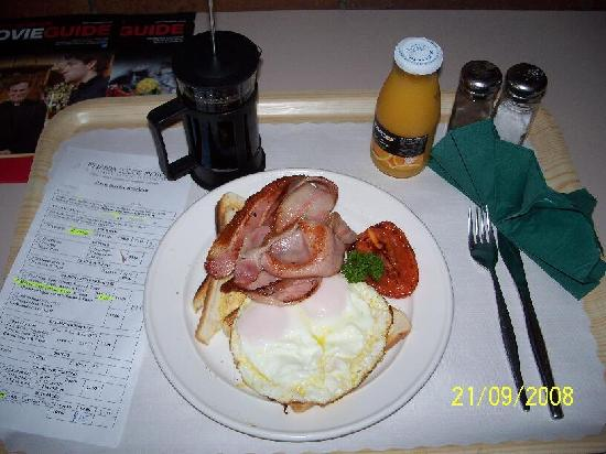 Malanda Lodge Motel: breakfast