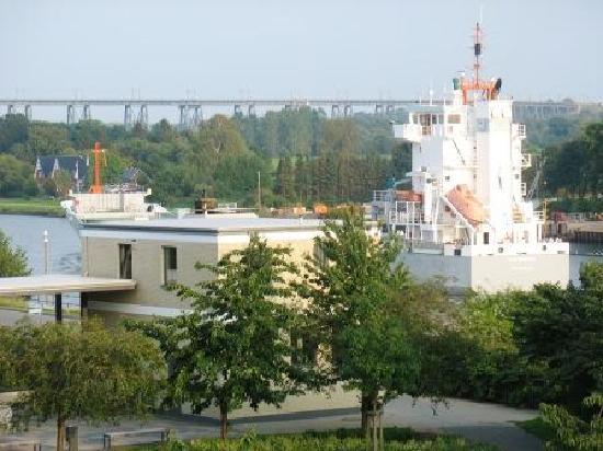 Hotel conventgarten bewertungen fotos preisvergleich for Hotel 1690 designhotel rendsburg